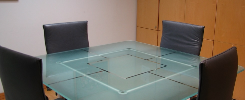 Square Meeting Room